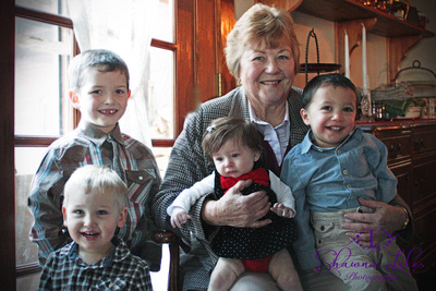 Glenda and the great grandkids